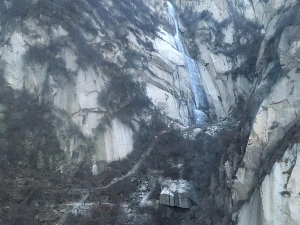 华山北峰冰瀑