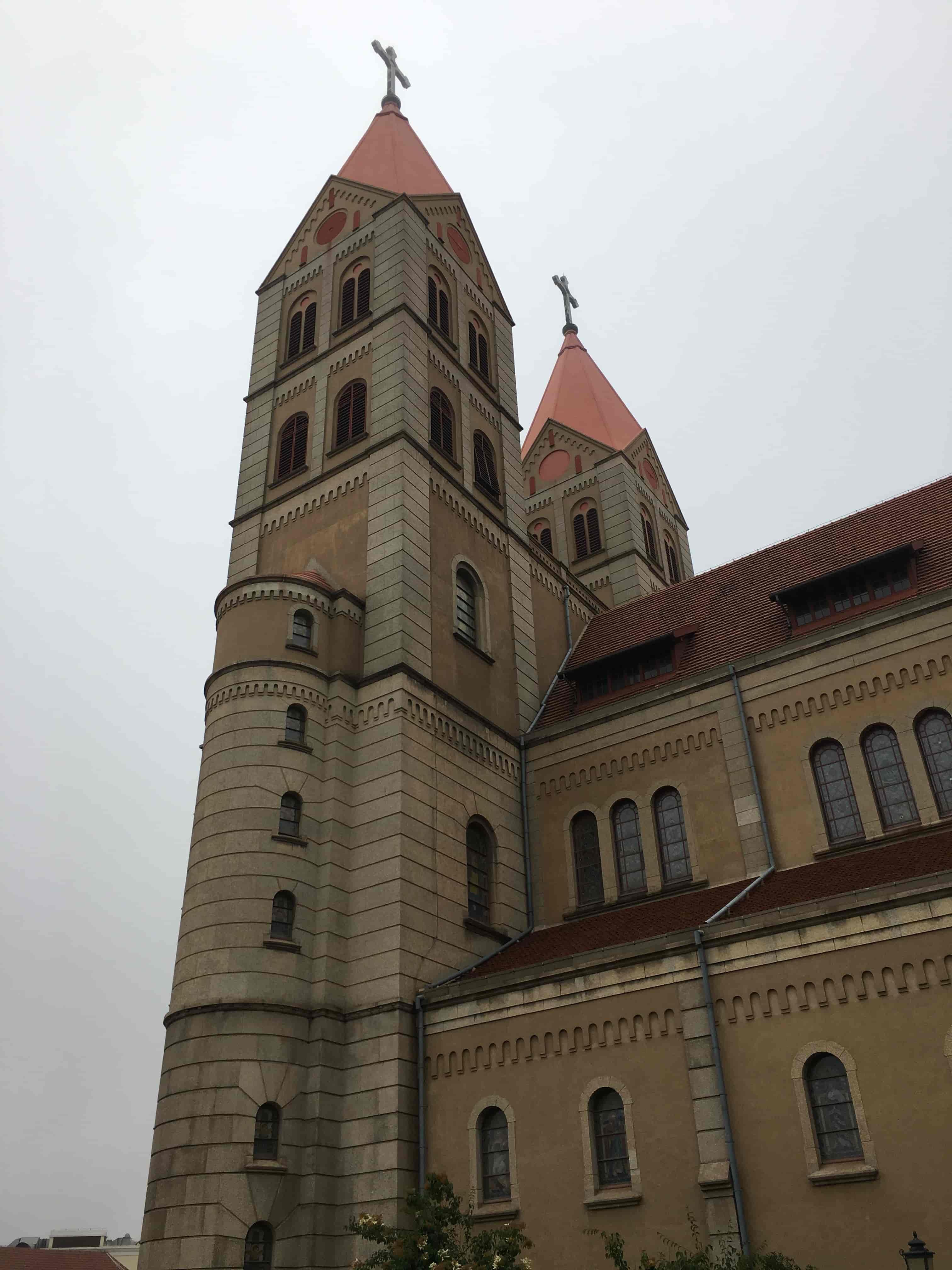 极度教堂近景